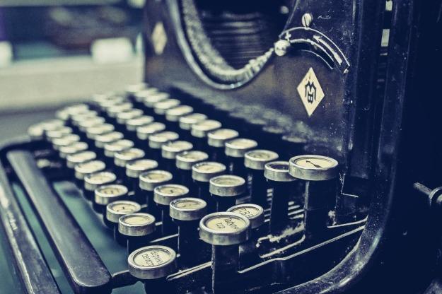 old typewriterduskjpg